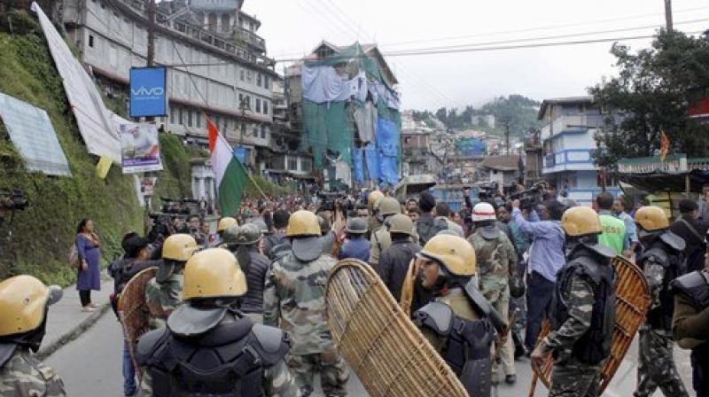 Police ASI Amitavo Mallick lost his life in clashes between the police and Gorkha Janmukti Morcha (GJM) supporters in Darjeeling's Takvar. (Photo: Representational/PTI)