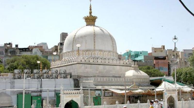 Pm sends chaadar to ajmer dargah hails gharib nawaz the dargah ajmer sharif dedicated to khwaja gharib nawaz moinuddin chishti file altavistaventures Choice Image