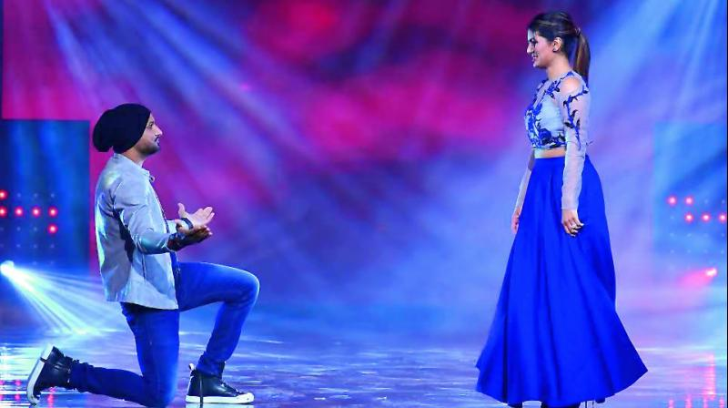 As a reaction to the performance, Bhajji went on to the stage and apologised to Geeta for everything and anything wrong he may have said to her.
