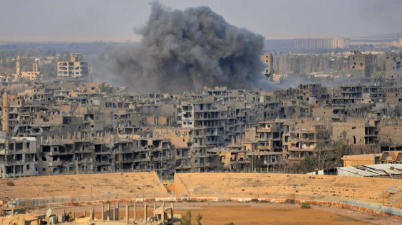 Abdel Rahman said the victims had fled battles in the province, where Syrian regime forces and a US-backed Kurdish-Arab alliance, the Syrian Democratic Forces, are fighting the extremist group in separate offensives. (Photo: AFP)