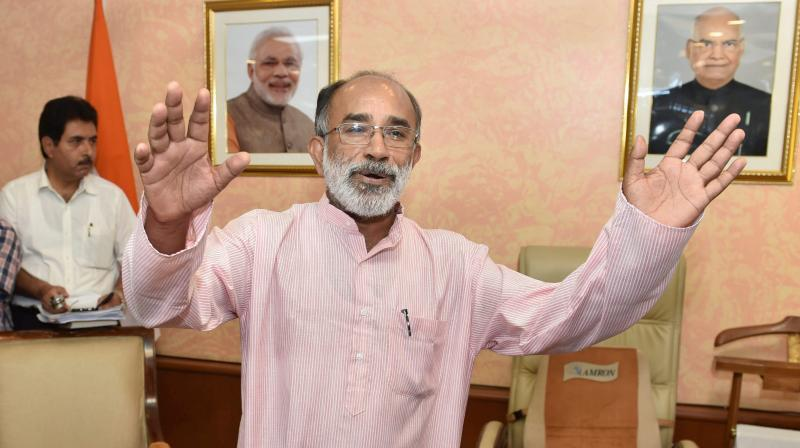 VS indirectly criticizes CM for congratulating Kannanthanam
