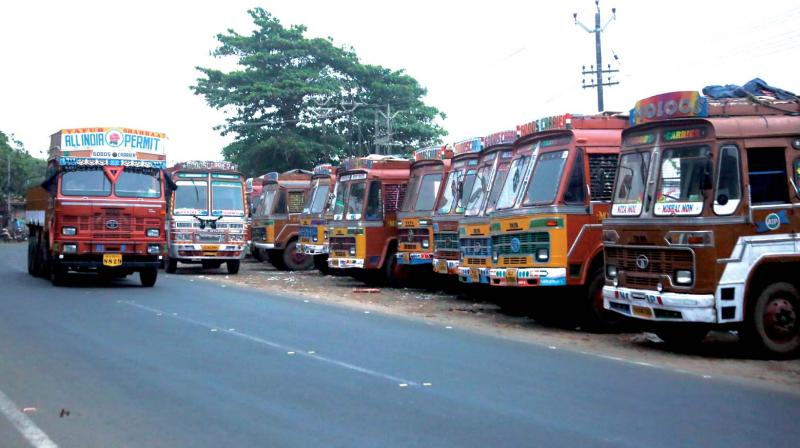 The Lorry Owners Association has announced that the strike will go on as announced. (Representational image) (Photo: DC)