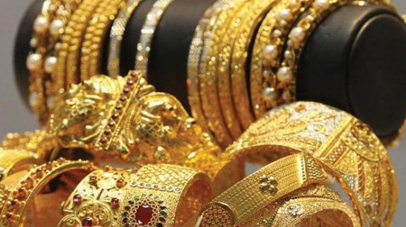 Demonetisation: Provide PAN number in order to buy gold, says govt