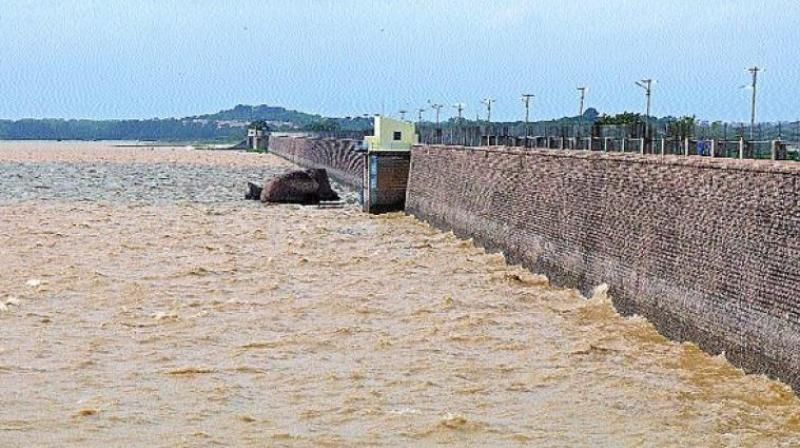 A fresh investigation by the petitioner Mr. Thakur Rajkumar Singh and his team, has revealed that the fencing of Osmansagar reservoir being carried out by the Cyberabad police commissionerate as part of the 'Save Gandipet project' excludes the buffer zone and part of the full tank level (FTL) of the reservoir.