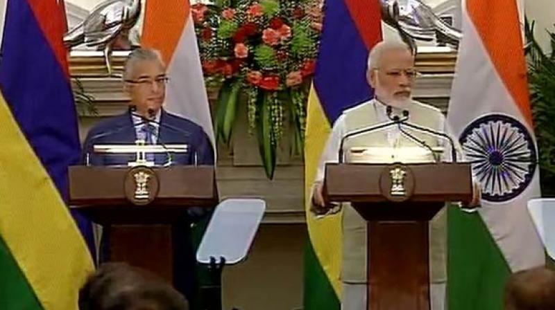 India announces $500 million assistance to Mauritius