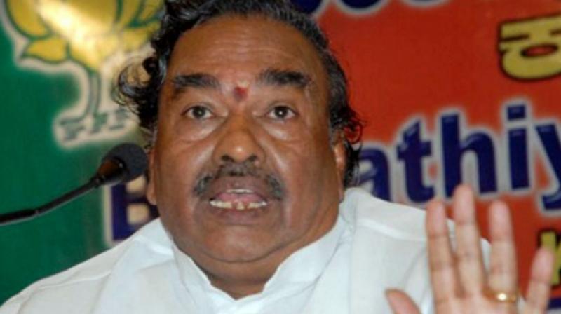 Ballari: Yeddyurappa and I are not like India-Pakistan - Eshwarappa
