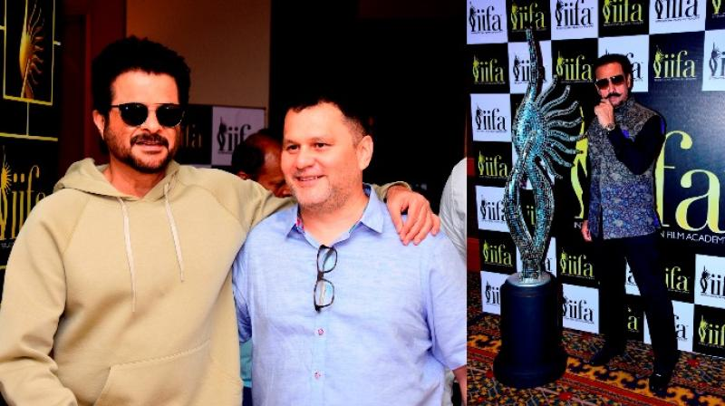 Bollywood rushes to vote for the IIFA awards!