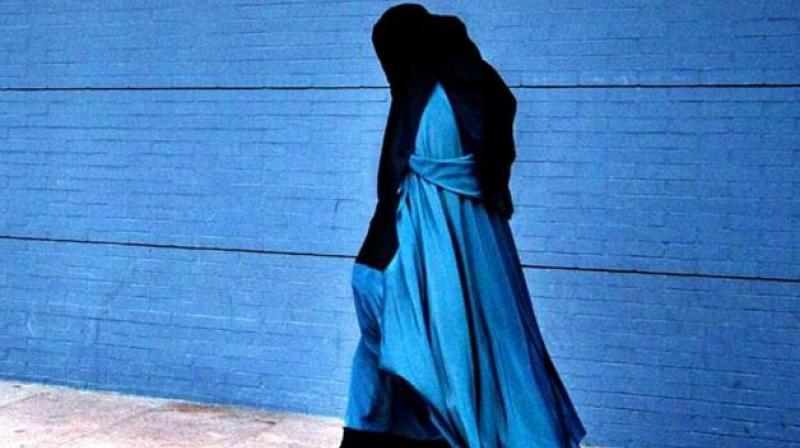 Shocking video appears of Hijab-clab woman abused in New Zealand
