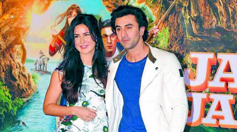 Ranbir Kapoor stalks Katrina Kaif on social media