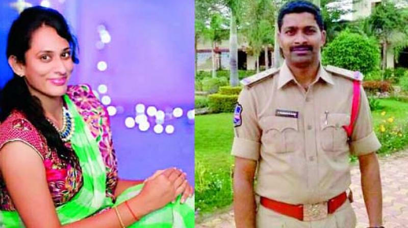 10-months-time-two-sub-inspectors-from-telangana-state-commits-suicide