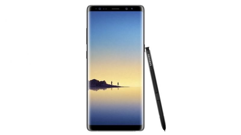 Corroborating previous leaks, the Galaxy Note 8 comes with a 6.3-inch Super AMOLED quad HD display with 2960 x 1440 pixel resolution. The display is similar to the Galaxy S8 but in a less curvy form.