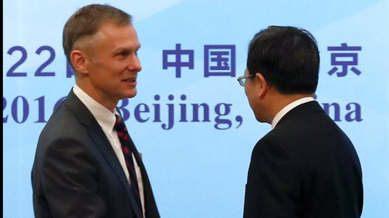 Ranking US diplomat in China resigns