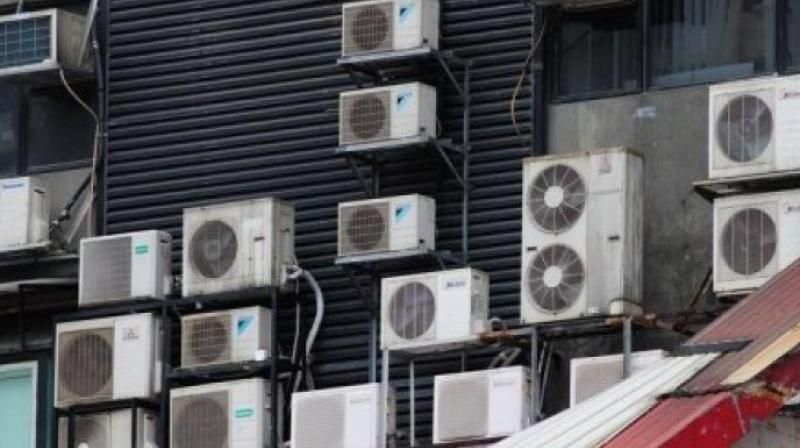 The hybrid systems cost 15% more to install but are cheaper to run and recoup the extra expense in 2 years, based on electricity prices in Singapore, says Chia.