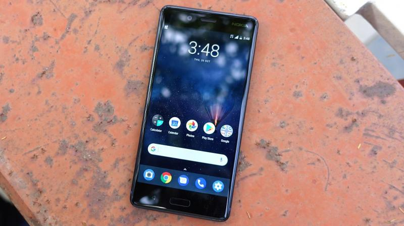 A minute with this handset and you realise that Nokia still has a say in terms of design. The Nokia 8 screams Scandinavian aesthetics.