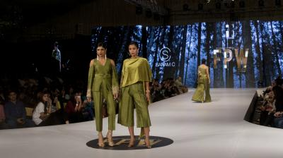 Fashion Pakistan Week 2017 Winter Festive concluded on Thursday as designers Tena Durrani, Nauman Arfeen, Saira Shakira, Adnan Pardesy, Maheen Khan showcased their latest collections. (Photo: AP)