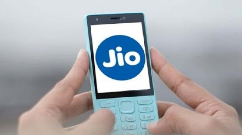 Jio's freebies are not anti-competitive: CCI