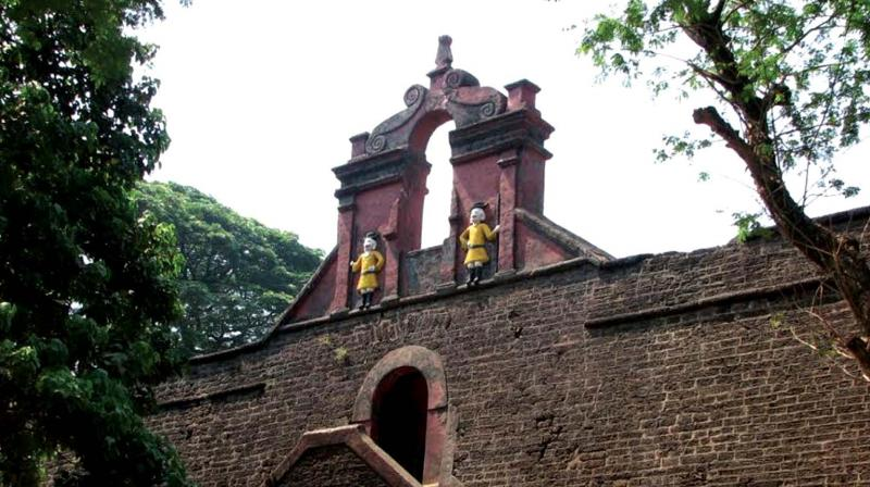 Thalassery Fort, built by British East India Company in 1708, is an iconic structure heralding the rich heritage of Thalassery.