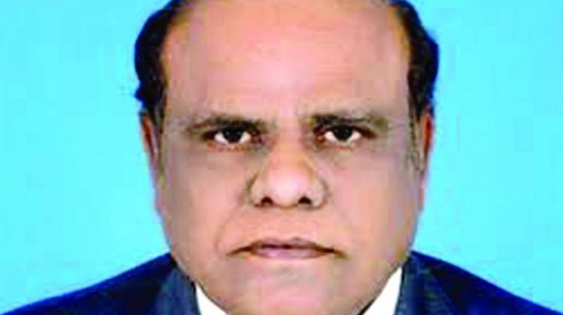 Police from three states hunt for Justice Karnan