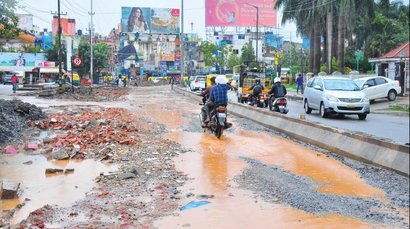 Pothole Claims Life Of A Bengaluru Woman