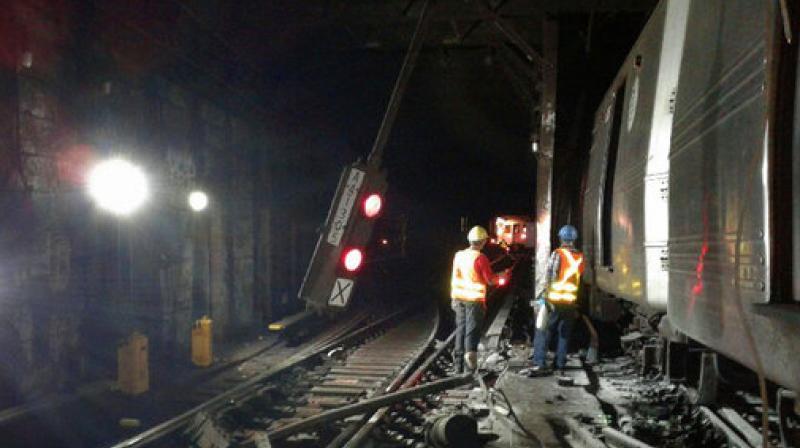 Minor New York City subway derailment causes outage, delays