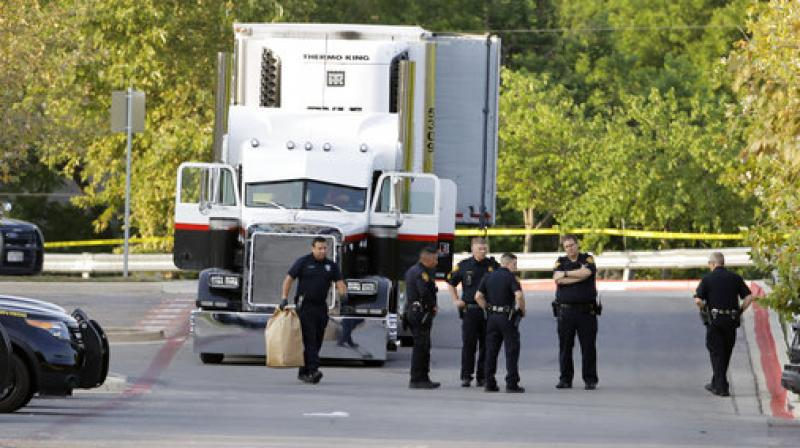 Death toll reaches 10 in immigrant-smuggling case in Texas