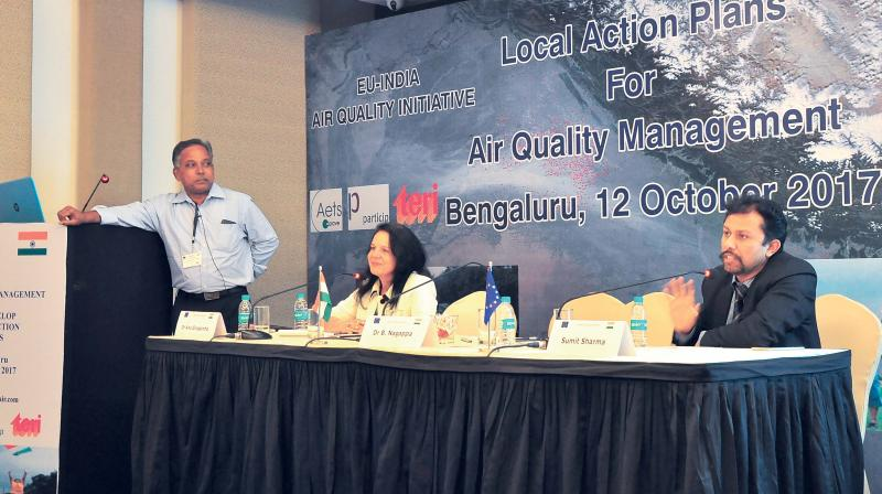 Dr Nagappa addresses a workshop on developing a local action plan to control air pollution in Bengaluru on Thursday. (Photo: DC)