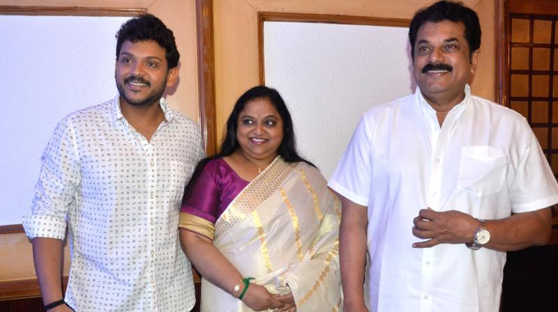Shravan, Saritha, Mukesh. (Photos: Peethambaran Payyeri)