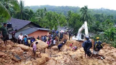 Sri Lanka has appealed for outside help as the death toll from floods and mudslides on Saturday rose to 100 with 99 others missing.