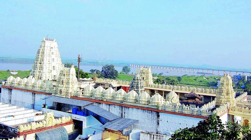 The Rama temple at Bhadrachalam.