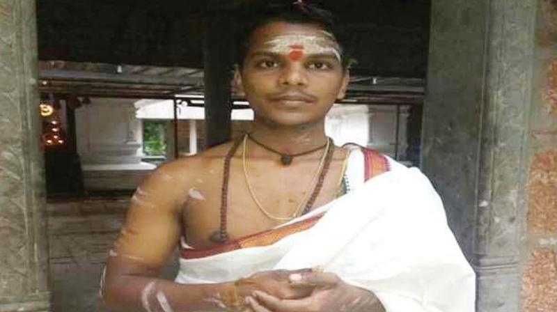 Daily Wagers Son, Yedu Krishnan Is Kerala's First Dalit Priest