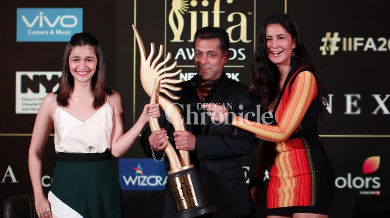 Salman Khan, Alia Bhatt and Katrina Kaif kicked off the IIFA Awards 2017 at an event for the media in Mumbai on Thursday. (Photo: Viral Bhayani)