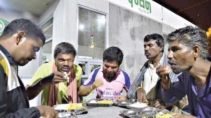 CM Siddaramaiah's New Year gift: Indira Canteens in all taluks