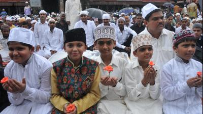 """Millions of Muslims around the world are celebrating the Eid al-Fitr festival, which marks the end of Islam's holy month of Ramadan. The name translates as """"the festival of breaking the fast"""" as during the month of Ramadan, Muslims perform one of the five pillars of Islam: the fast. (Photo: DC/Debasish Dey)"""