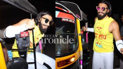 Ranveer Singh kept away his swanky cars away as he took an auto rockshaw ride while visiting a bar in Mumbai late Friday. (Photo: Viral Bhayani)