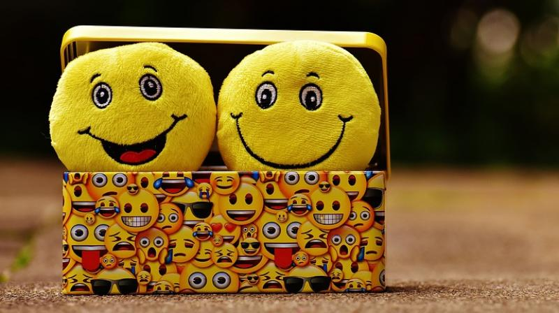 Using Smiley Faces In Work Emails Portrays Low Competence, Study Finds