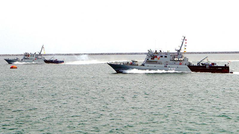 Indian naval ships at a tsunami precaution drill in the Arabian Sea off the Karwar coast on Friday (Photo: KPN)