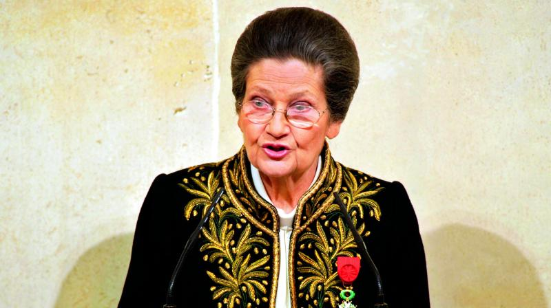 Simone Veil, leading French feminist politician, dies at 89