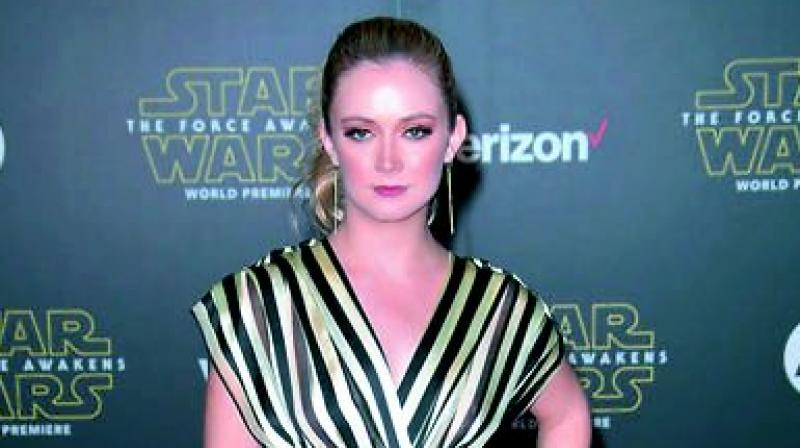 Billie Lourd, Taylor Lautner break up, report says