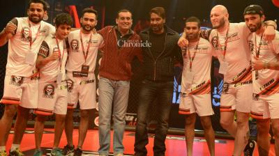 Ajay Devgn, Randeep Hooda, Arjun Rampal were seen at the inaugural ceremony of the Super Fight League competition on Thursday. (Photo: Viral Bhayani)