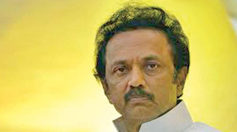 Vikram and Vijay support jallikattu