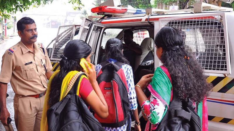 Violence erupts during hartal in Kozhikode