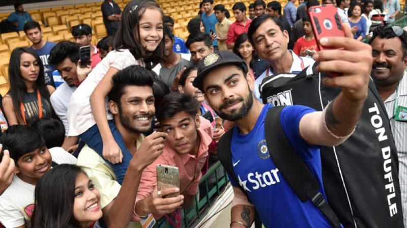 Virat, Anushka make heads turn at Indian Sports Honours