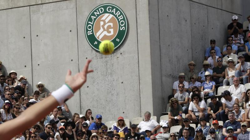 Cilic flies under the radar all the way to last eight