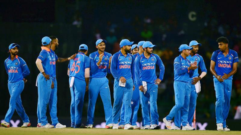 Sri Lanka make 238 in fifth ODI against India