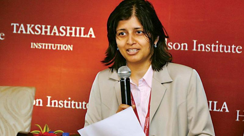 Dr Aparna Pande