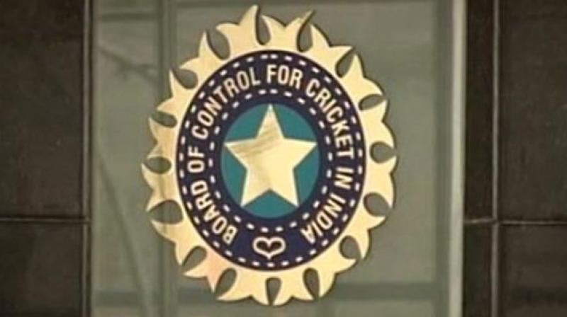 15 lakh cash award for selectors: CoA