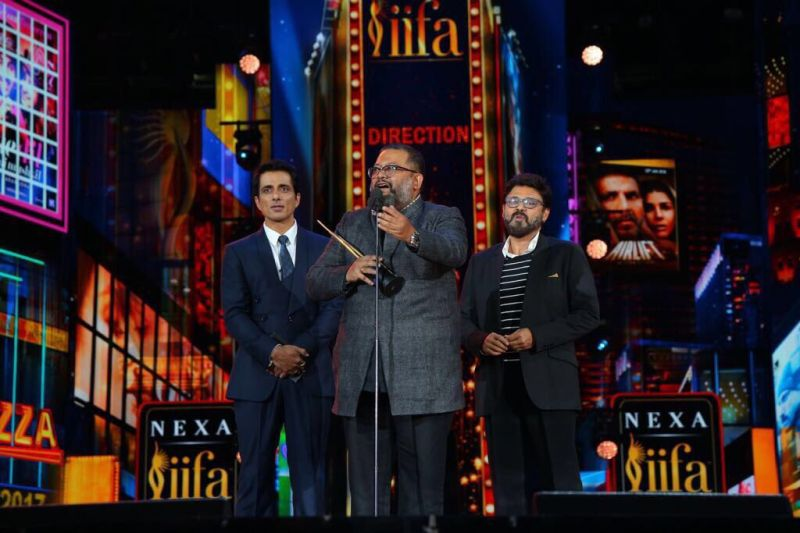 Aniruddha Roy Chowdhury won the Best Director Award for the Amitabh Bachchan-Taapsee Pannu starrer  'Pink.'