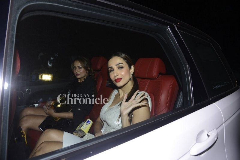 Malaika Arora Khan and Amrita Arora looked stylish together.