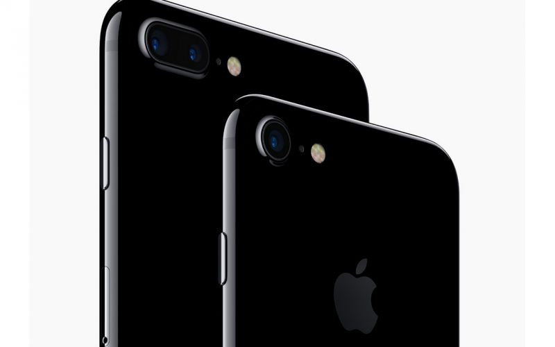 2016: Apple revealed the 'most-advanced' iPhone, the iPhone 7 series. With its launch Apple eliminated the traditional headphone jack and introduced Jet Black and Glossy colours.