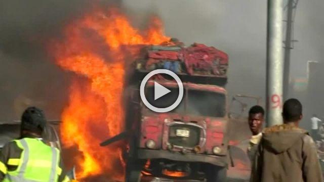 Massive car bomb kills 20 in Somalian capital